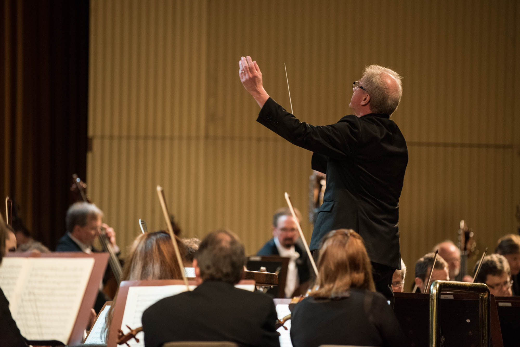 Osmo Vänskä conducting the Minnesota Orchestra