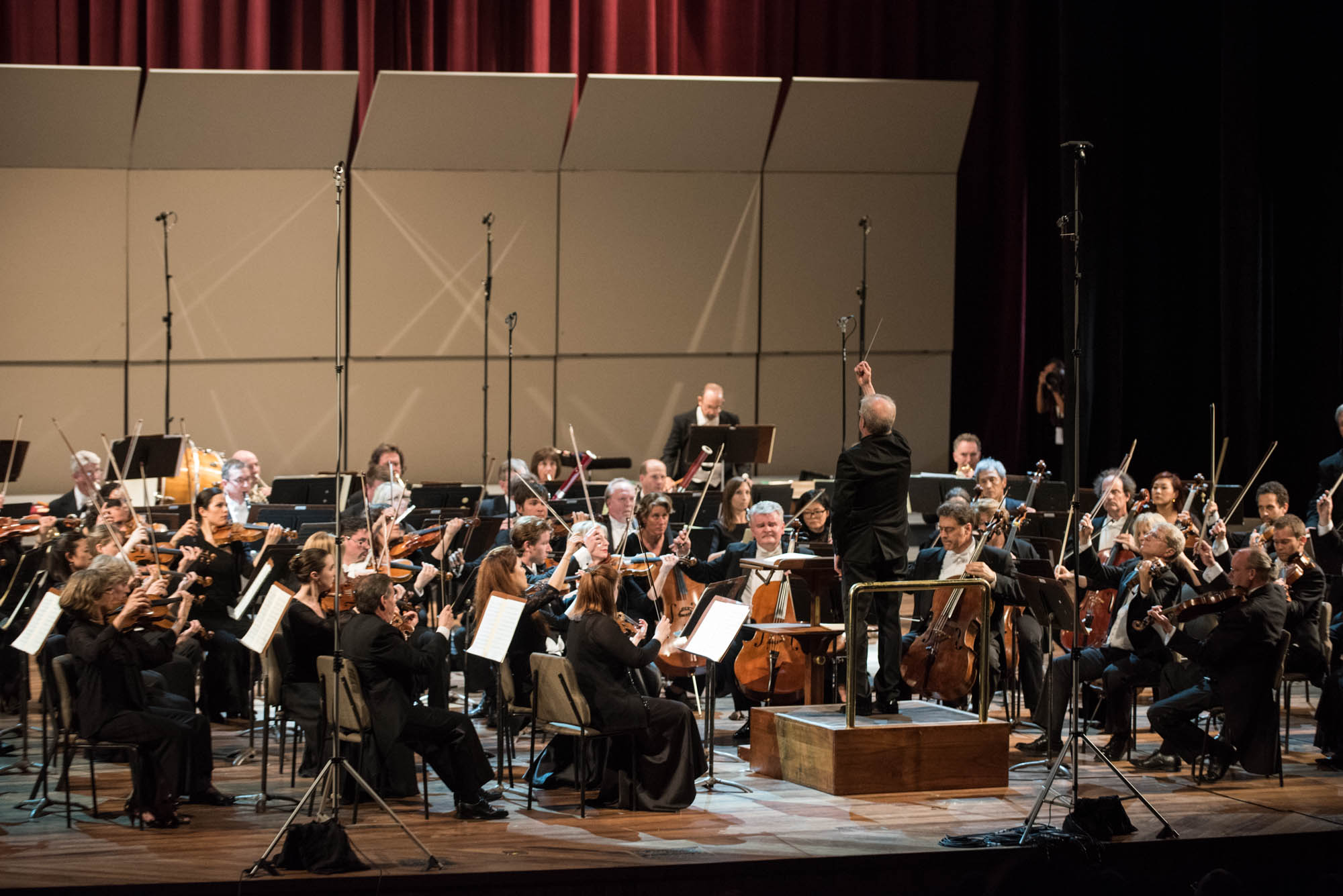 The Minnesota Orchestra onstage at the Cuban National Theater, Osmo Vänskä conducting.