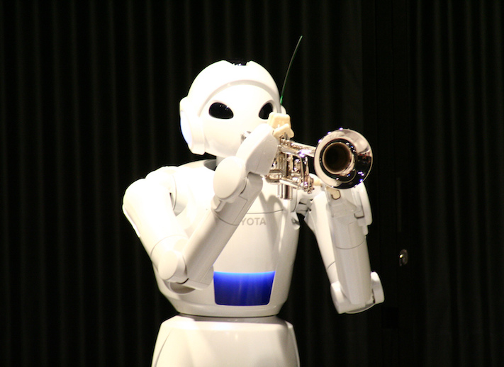 A trumpet-playing robot (Stefano Gargano | Flickr)